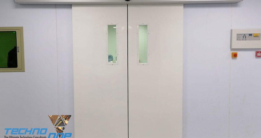 automatic hygiene door